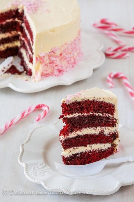 Candy-Cane-Cake-slice