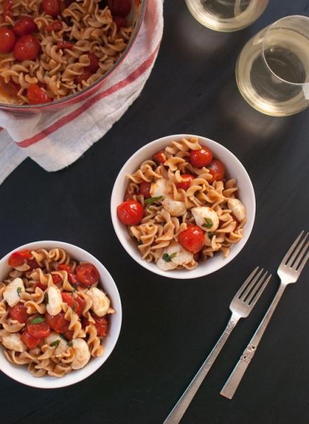 caprese-pasta-salad-2