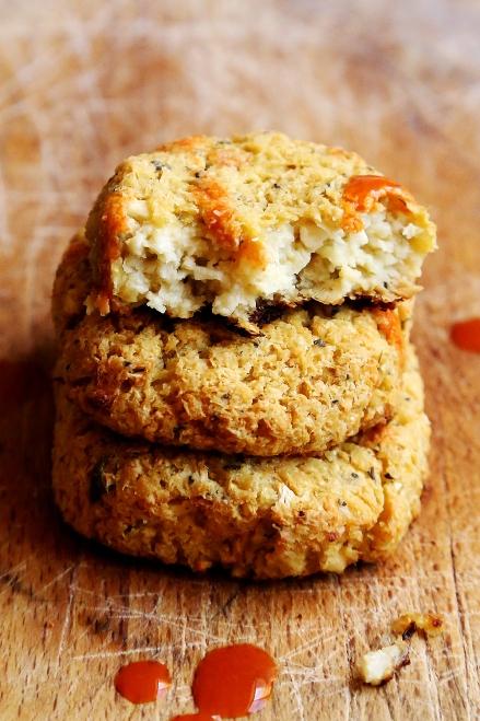 Cheezy_Vegan_Cauliflower_Chicken_Nuggets_Recipe_001
