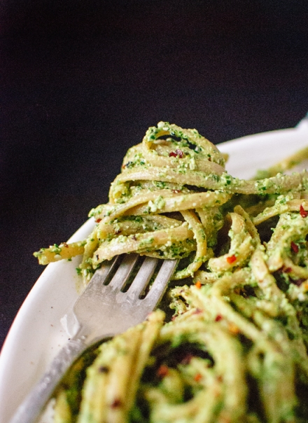 kale-hemp-and-flax-pesto