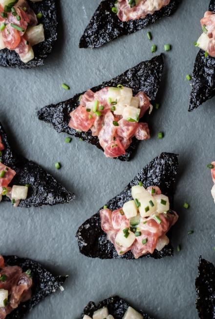 tuna-tartara-with-nori-chips-1-6