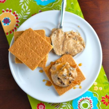 Peanut-Butter-Dark-Chocolate-Hummus
